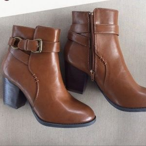 BASS Cognac Leather Felicia Ankle Boots Size:9.5